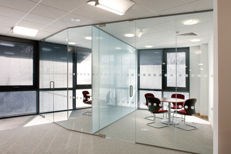 Glazed & Stud Wall Partitioning
